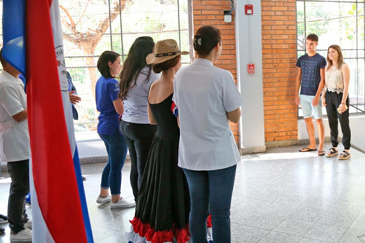 Entrevista a Docentes y Estudiantes de Programas de Internacionalización y Movilidad